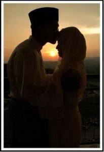 muslim-couple-in-love